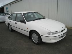 Holden VR Commodore Sedan - 1995